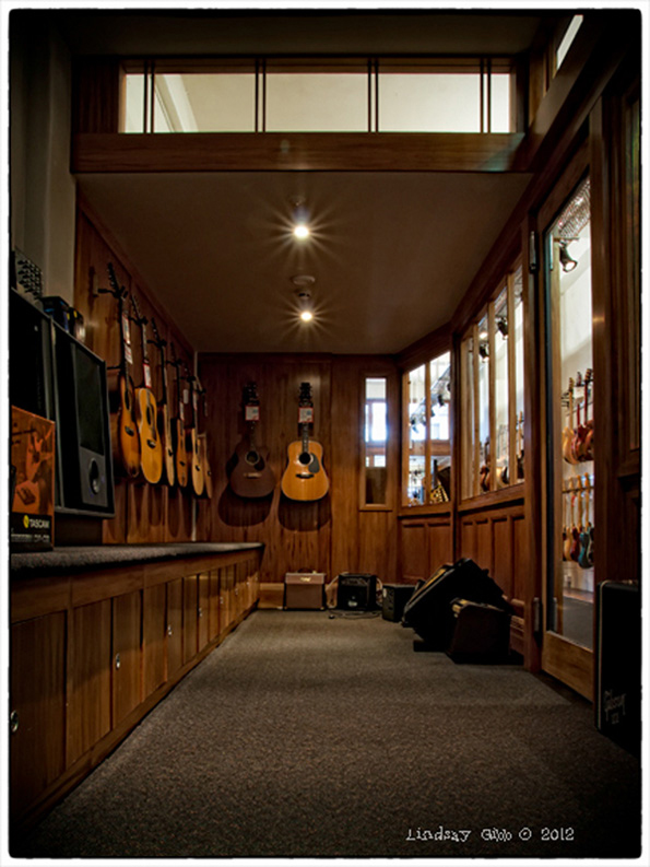 Acoustic-Rm1