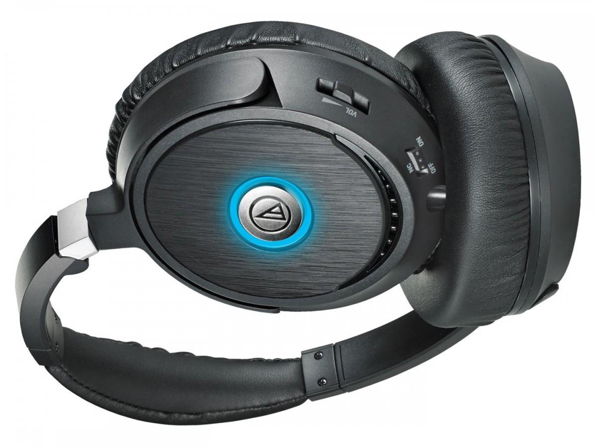 Audio Technica ATH-ANC70 QuietPoint® Active Noise-cancelling ... bb7be4c8306c5